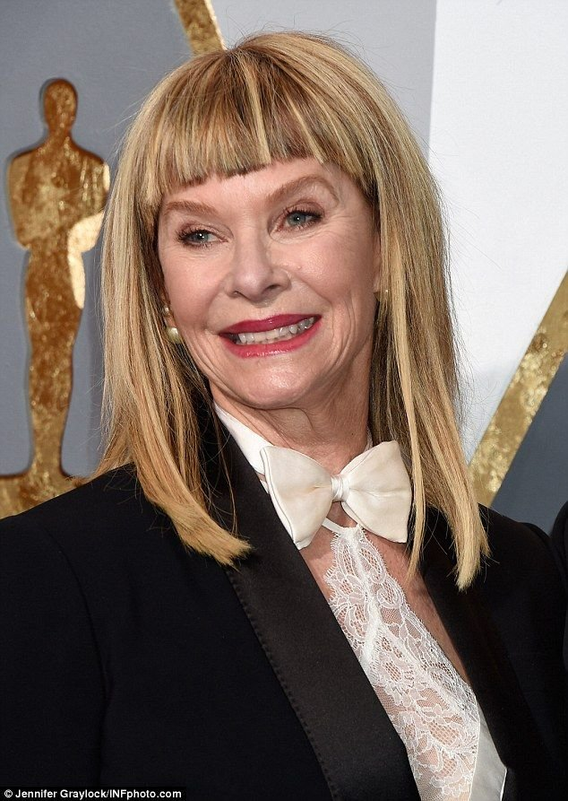 Free These Were The Worst Hairdos Of The Oscars Kate Capshaw Wallpaper