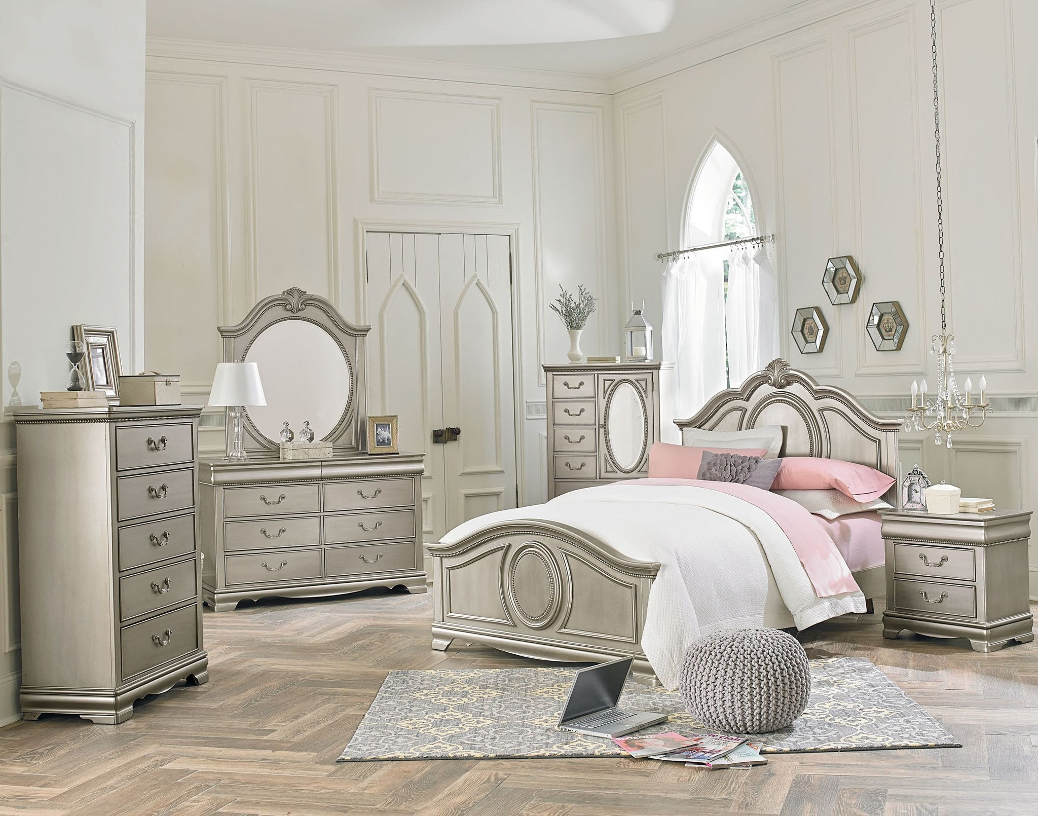 Best Jessica Silver Bedroom Set In 2019 Punkies Silver With Pictures