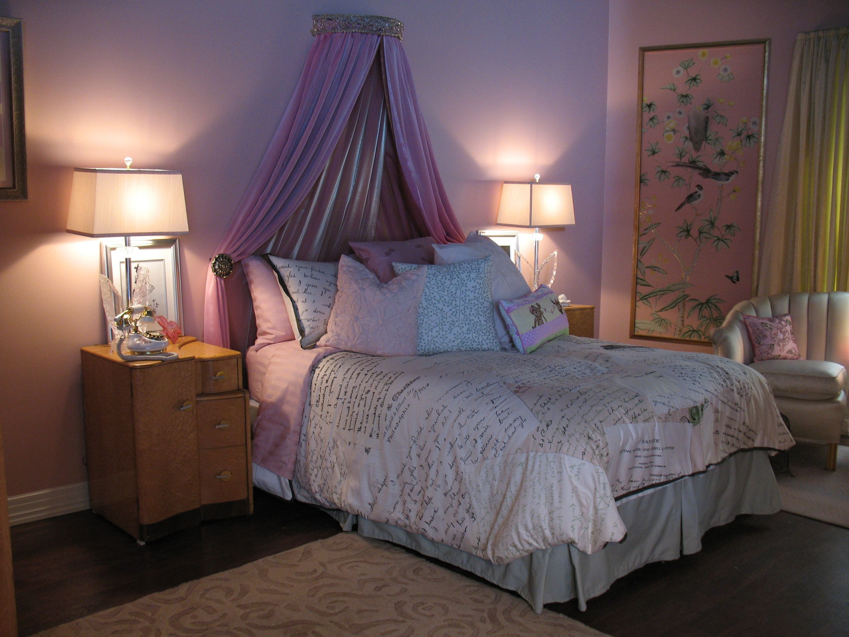 Best We Love Ali S Bed Pretty Little Liars Ali S Bedroom With Pictures