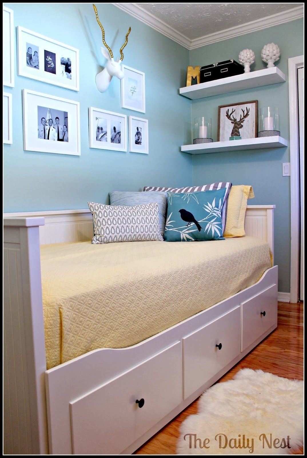 Best Feature Friday The Daily Nest Kids Room Guest Bedroom Office Bedroom Office Bedroom Decor With Pictures