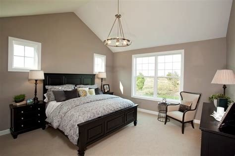 Best Sherwin Williams Perfect Greige Bedroom Traditional With Black Table Lamp Gold Side Tables And With Pictures