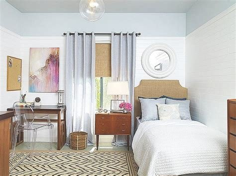 Best Arranging A Small Bedroom Ideas With Simple Bedroom With Pictures