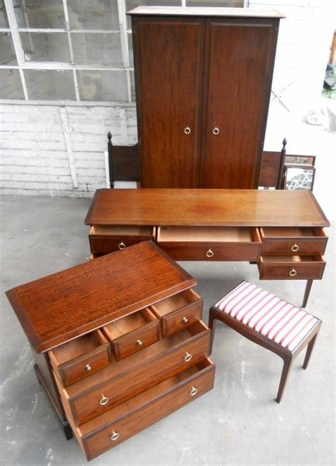 Best Stag Minstrel Mahogany Bedroom Furniture Psoriasisguru Com With Pictures