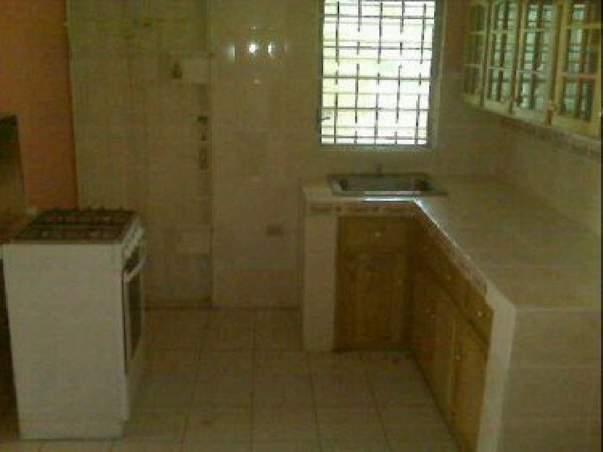 Best 3 Bedroom 1 Bathroom House For Rent In Portmore St With Pictures