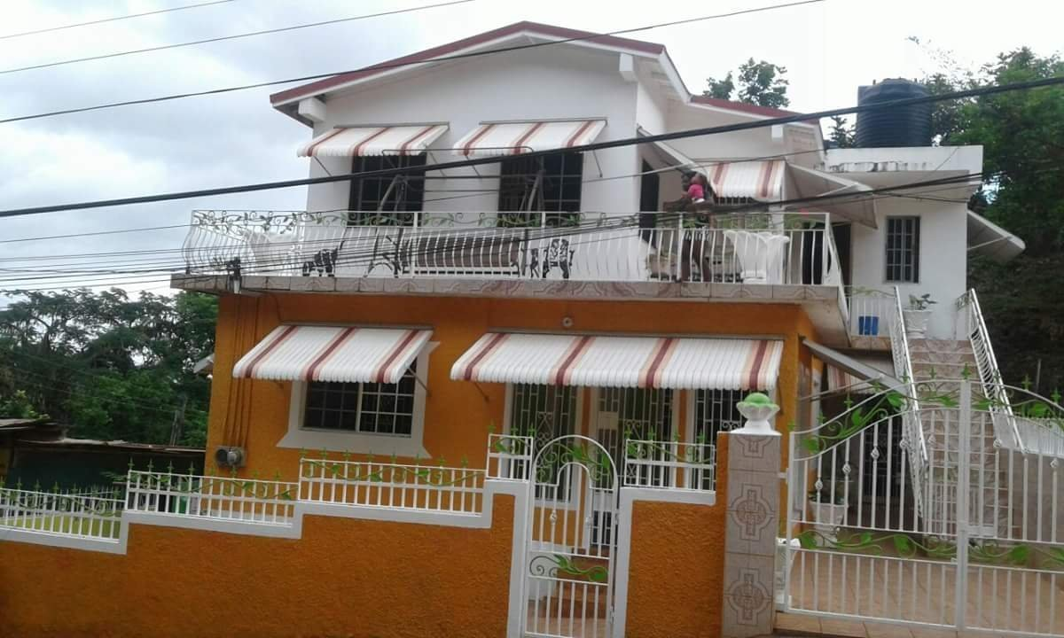Best 2 Bedrooms 1 Bathroom House For Rent In Kitson Town St With Pictures Original 1024 x 768