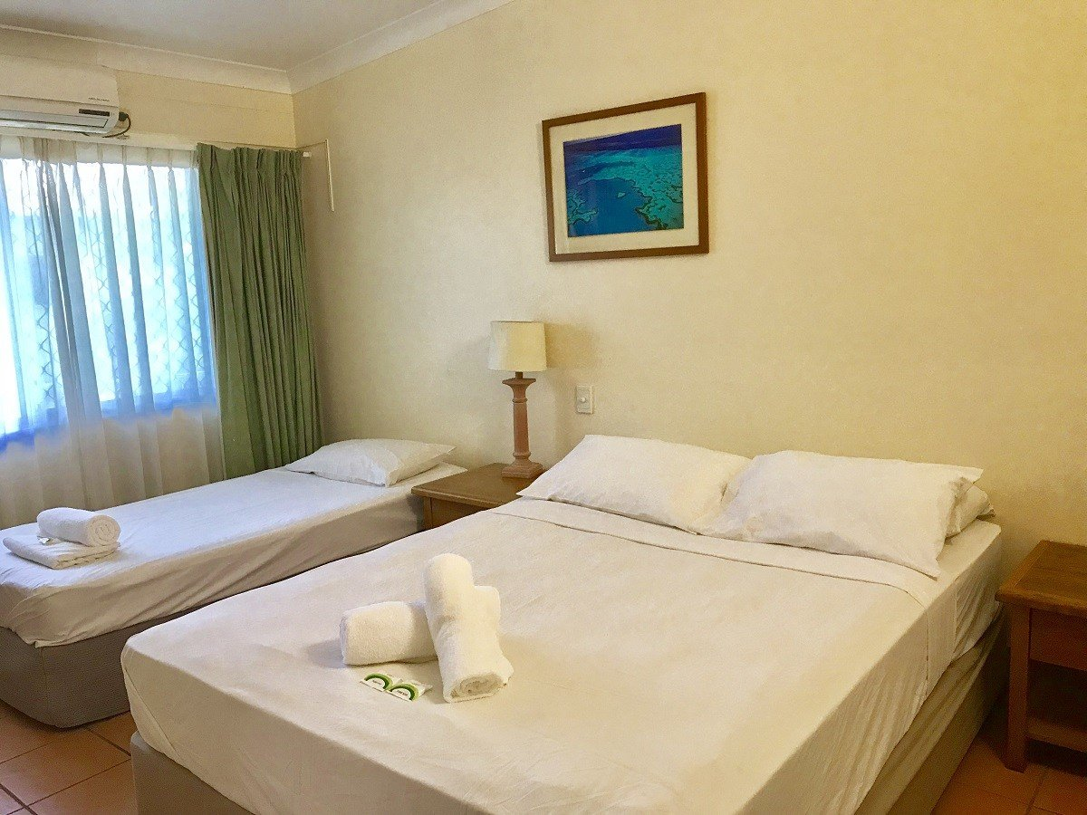 Best 1 Bedroom Apartment From 79 Night Lake Central Cairns With Pictures Original 1024 x 768