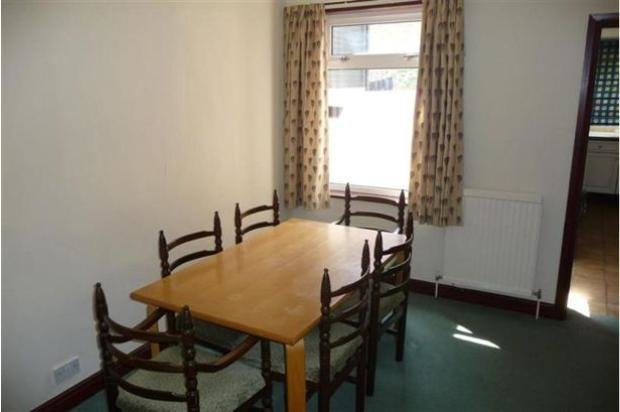 Best 2 Bedroom House Let In Reading Rg30 With Pictures