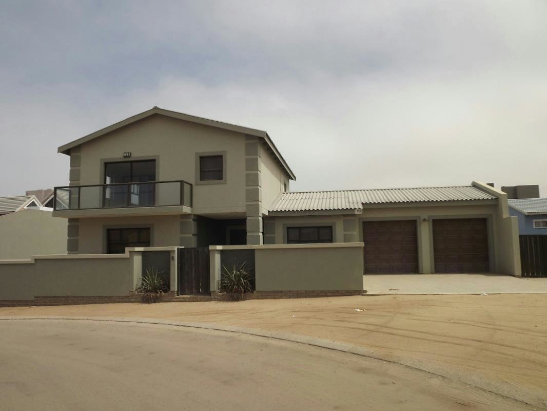 Best 3 Bedroom House For Sale Swakopmund Namibia With Pictures