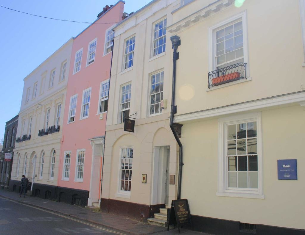 Best Castle Street Canterbury 1 Bed Flat To Rent £725 Pcm £ With Pictures