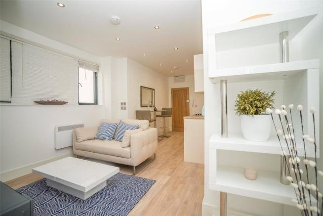 Best 1 Bedroom Flat For Sale In The Pavilion Maidstone Kent With Pictures