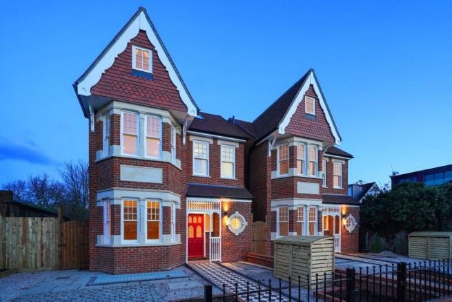 Best 6 Bedroom Detached House For Sale In Ascott Avenue With Pictures