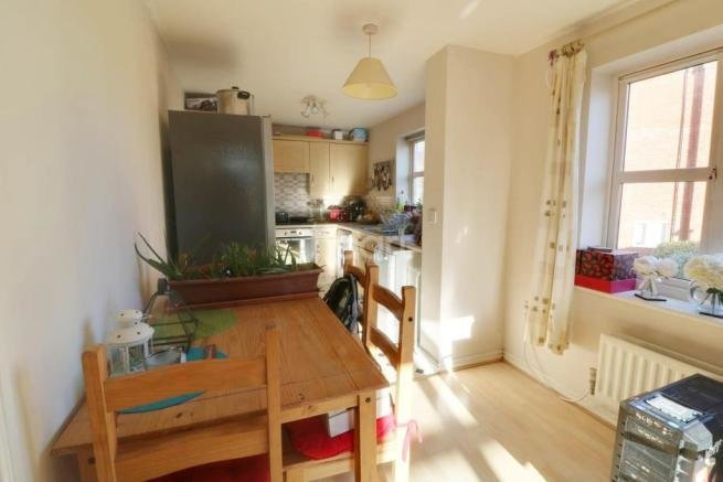Best 2 Bedroom Flat For Sale In Pavior Road Bestwood With Pictures