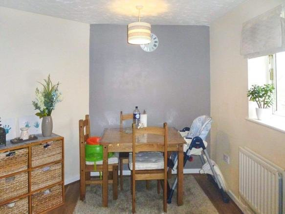 Best 2 Bedroom Flat For Sale In Cypress Square Birmingham B27 With Pictures