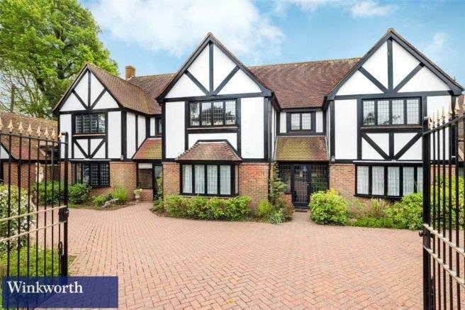 Best 6 Bedroom Detached House For Sale In Dyk* Road Avenue With Pictures