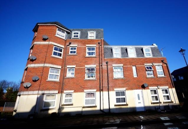 Best 2 Bedroom Flat For Sale In Northam Road Southampton With Pictures