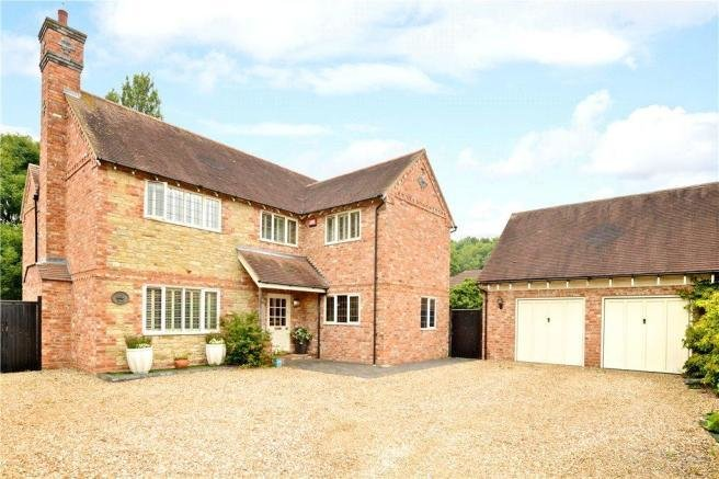 Best 4 Bedroom Detached House For Sale In Portfields Farm With Pictures