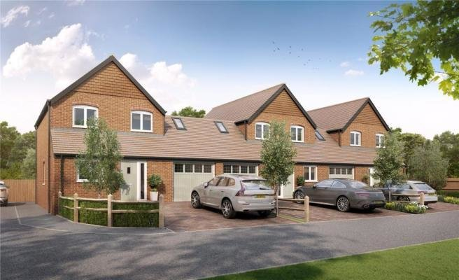 Best 4 Bedroom House For Sale In Street End North Baddesley With Pictures