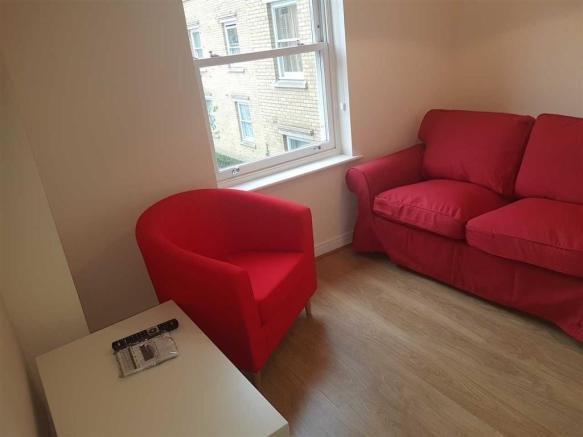 Best 1 Bedroom Apartment To Rent In St Andrews Close With Pictures Original 1024 x 768