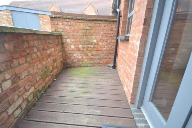Best 2 Bedroom Flat For Sale In Clare Street Northampton Nn1 Nn1 With Pictures