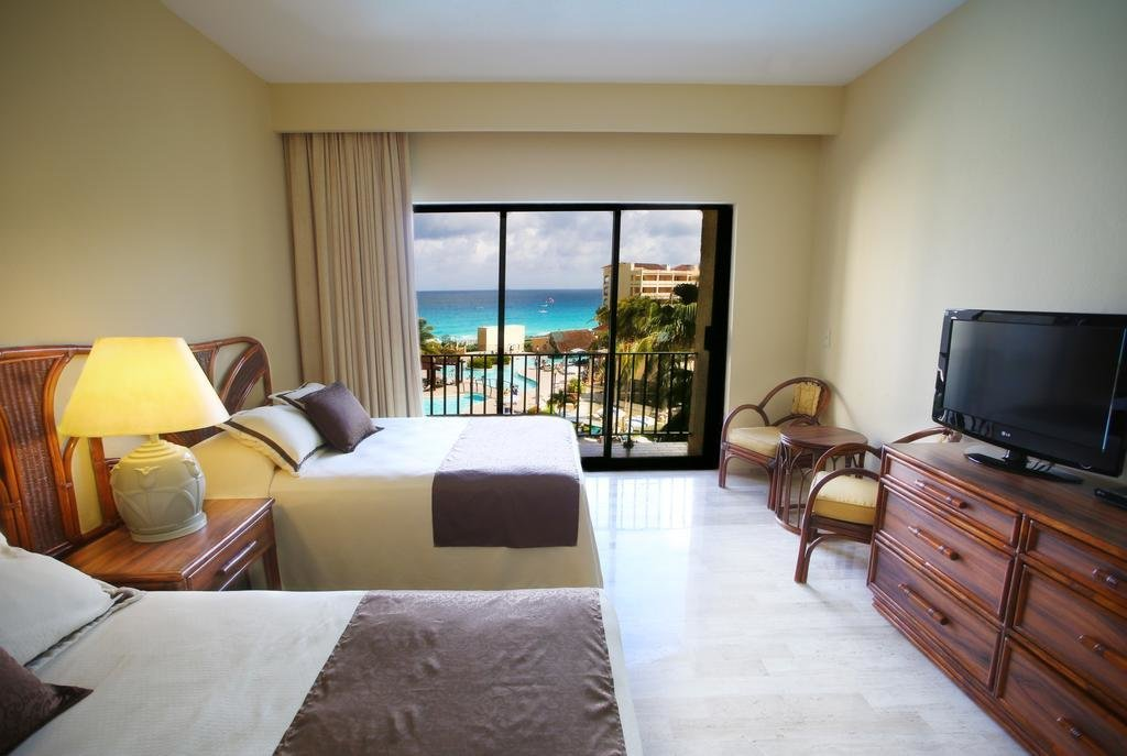 Best The Royal Caribbean An All Suites Resort In Cancun With Pictures