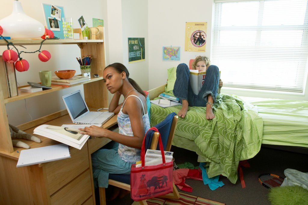 Best How To Keep Your Dorm Room Clean Without Annoying Your With Pictures