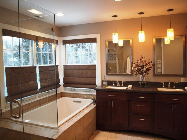 Best Master Suite Traditional Bathroom Chicago By With Pictures