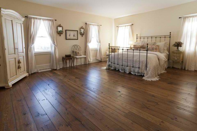 Best Antique Resawn Oak Hardwood Flooring Traditional With Pictures