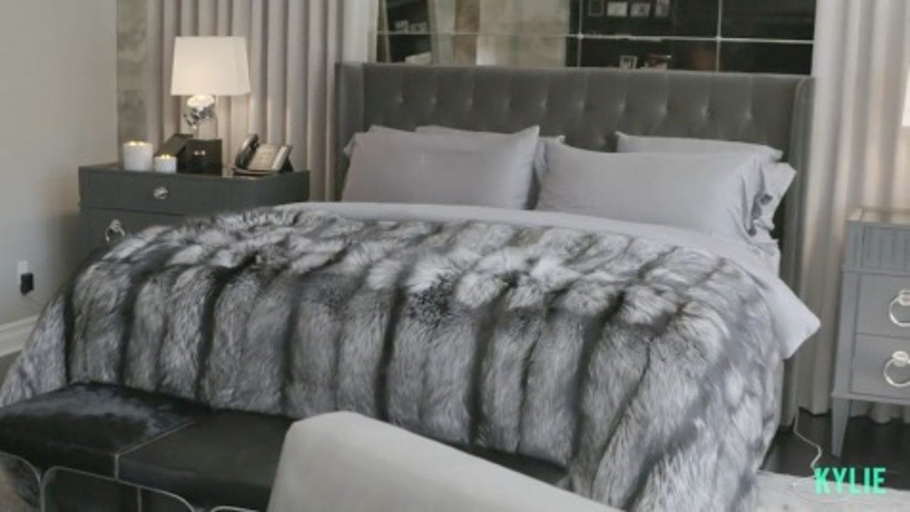 Best What S That Luxe Bed That Kendall And Kylie Jenner Both With Pictures