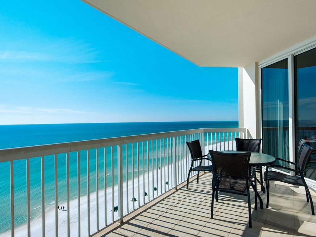 Best Luxury 2 Bedroom Beachfront Condo W 4 Comp Beach Chairs With Pictures