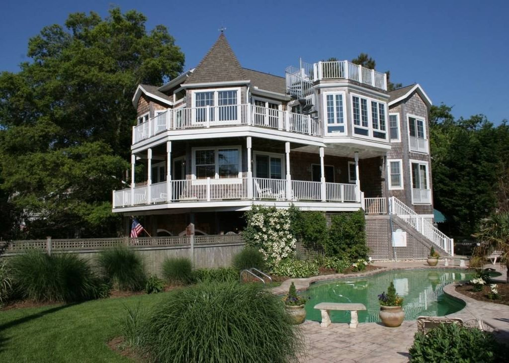 Best Luxury 6 Bedroom 4 5 Baths House With Pool Walking Distance To Beach Town Rehoboth Beach With Pictures