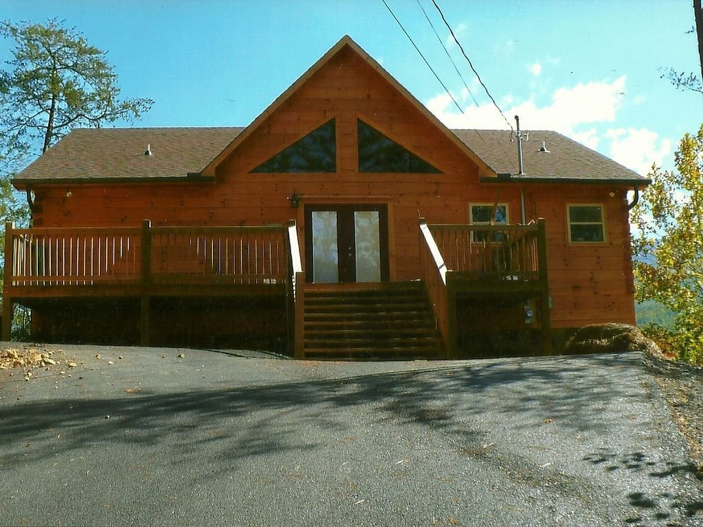 Best 5 Bedroom Cabin In Gatlinburg With Home Theater Close To With Pictures
