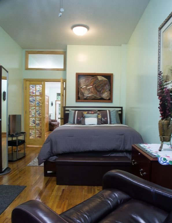 Best Beautiful One Bedroom Apartment In Classic Brownstone In With Pictures