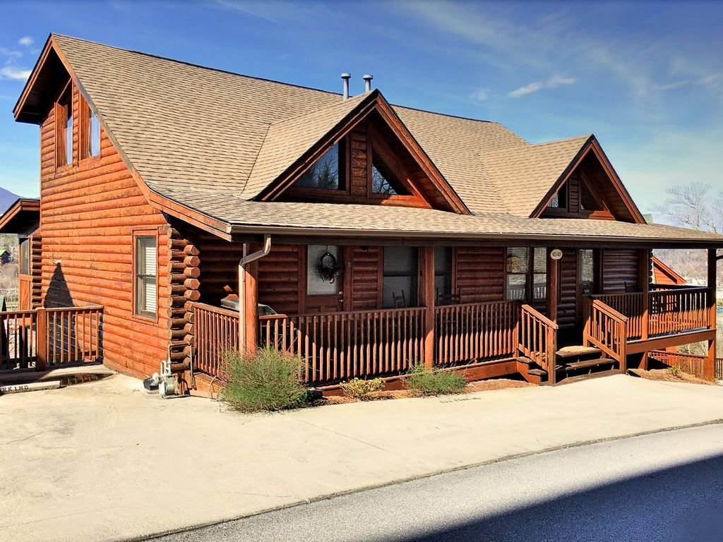 Best Cabin 427 Is Two Bedroom Duplex Cabin With Private Deck And Hot Tub With Pigeon Forge With Pictures