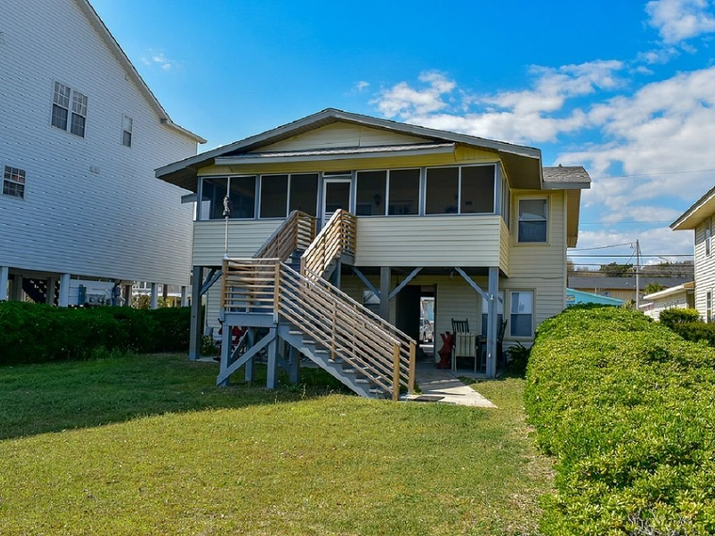 Best Oceanfront 5 Bedroom 3 5 Bath Beach House With Lots Of Charm Ocean Drive Beach With Pictures
