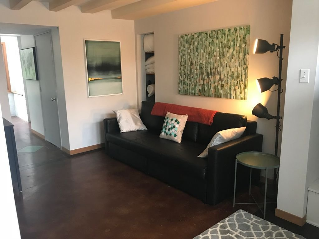 Best Charming 1 Bedroom Unit In Downtown Halifax South End With Pictures
