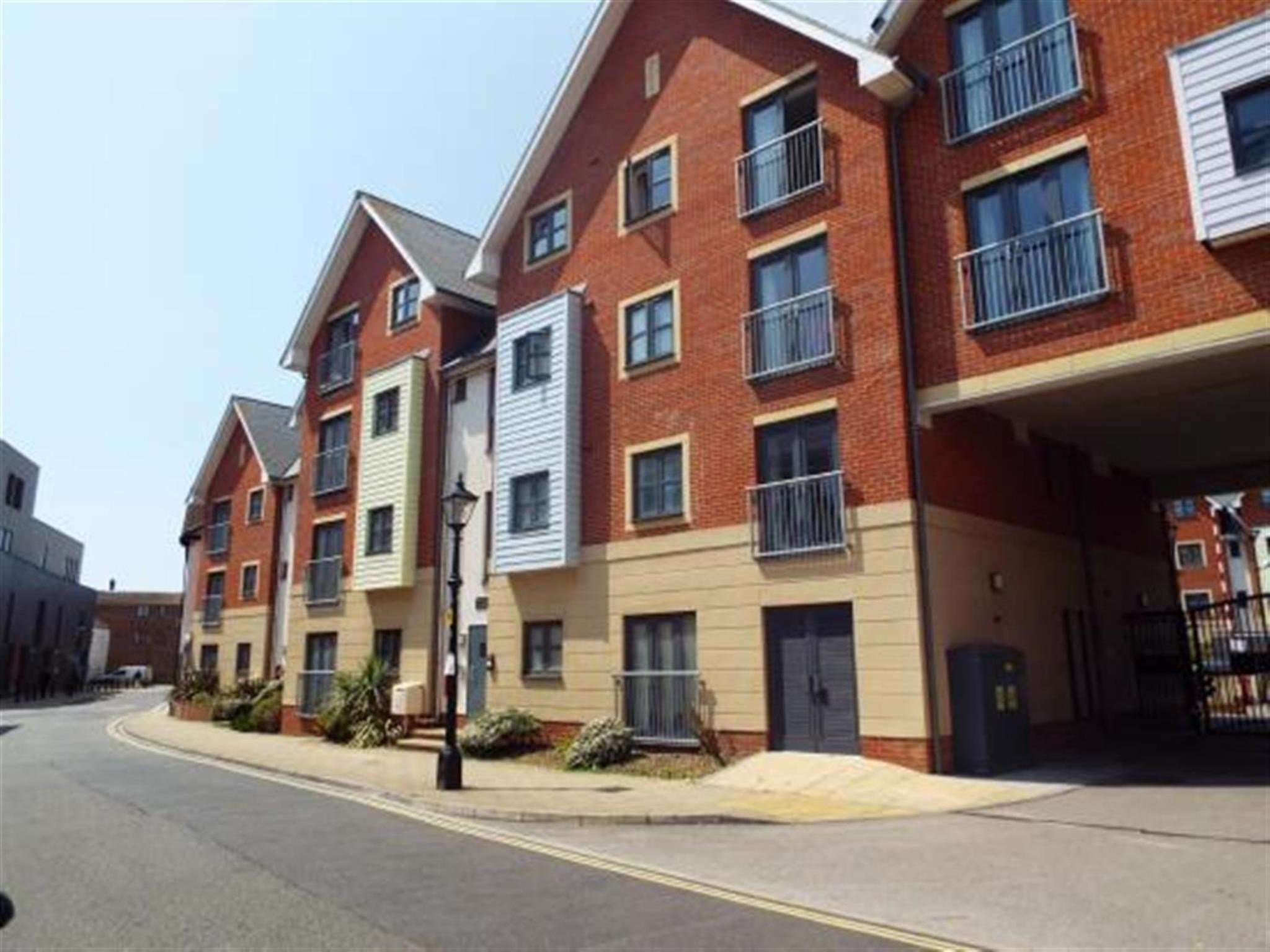 Best 2 Bedroom Apartment For Sale Pound House St James S With Pictures