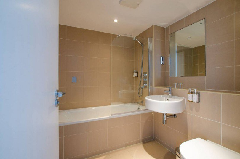 Best 2 Bedroom Flat To Rent Falcon Wharf Battersea Sw Sw11 3Ry – Thehouseshop Com With Pictures