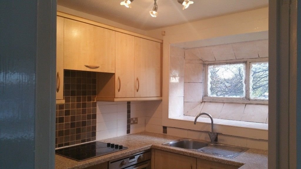 Best 1 Bedroom Flat To Rent Carrick Point Falmouth Road Leicester Le5 4Wn With Pictures