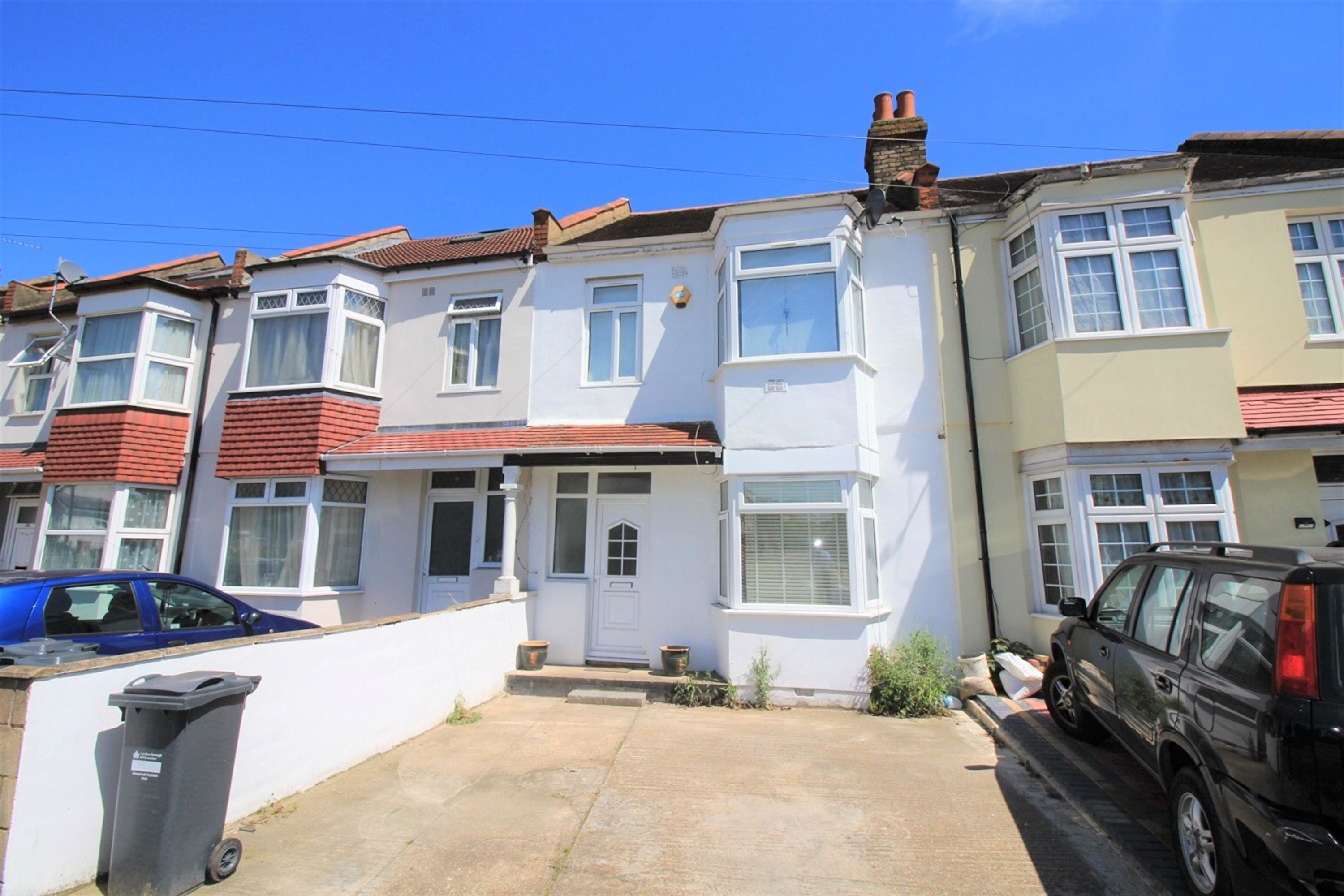 Best 3 Bedroom Terraced House To Rent Wellington Road South With Pictures