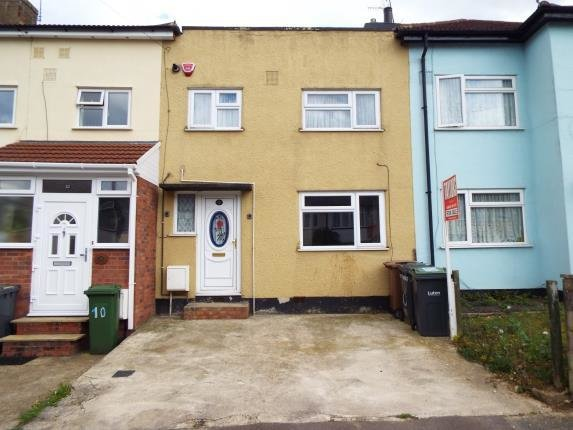 Best 2 Bedroom Terraced House For Sale Pembroke Avenue Luton Bedfordshire Lu Lu4 9Bh With Pictures
