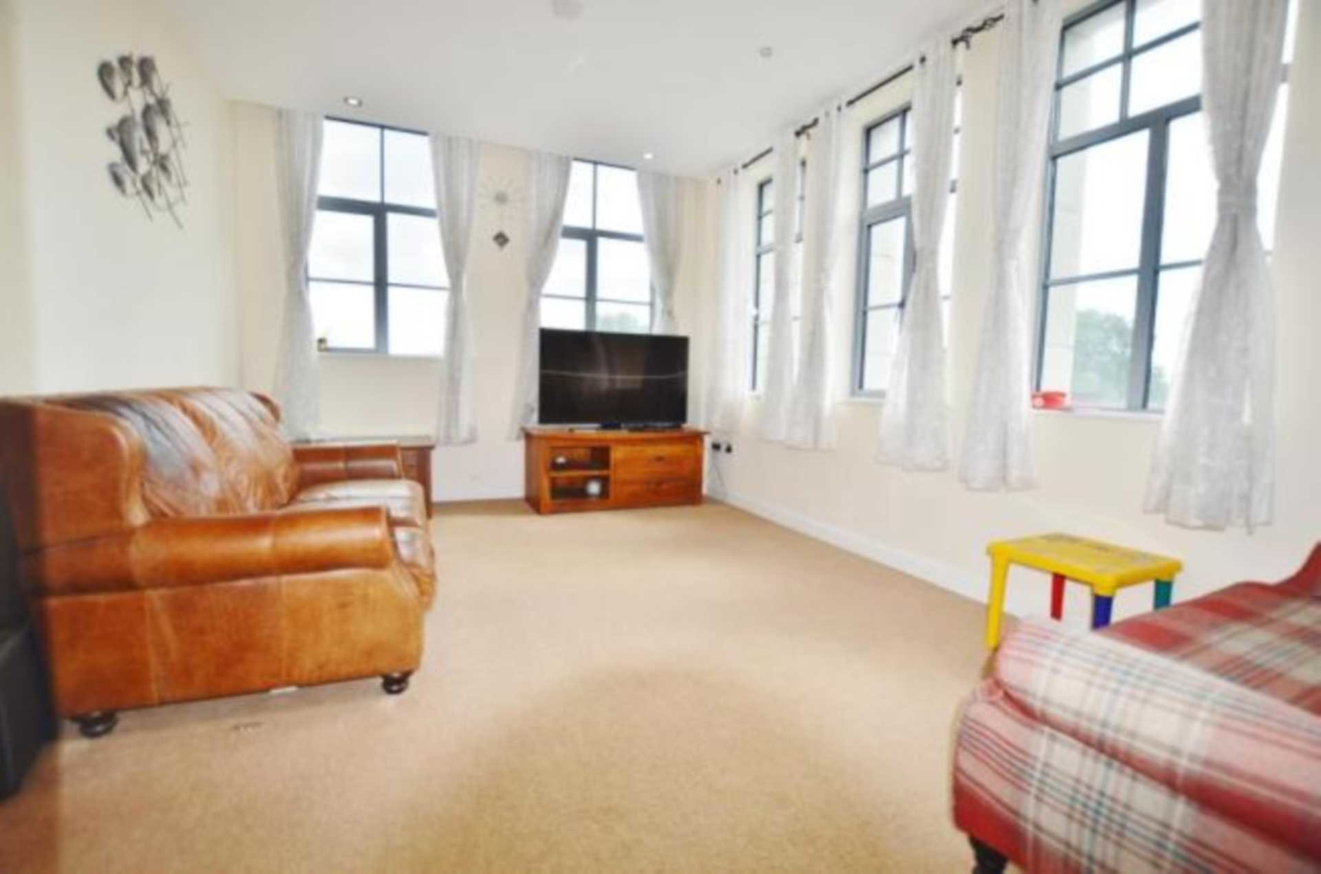 Best 2 Bedroom Flat To Rent Pegasus House Greengate Street With Pictures