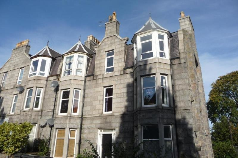 Best 2 Bedroom Flat To Rent Sunnybank Road City Centre With Pictures
