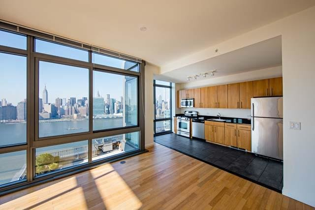 Best Avalon Riverview Apartments Long Island City Ny From 2 710Mo Hotpads With Pictures