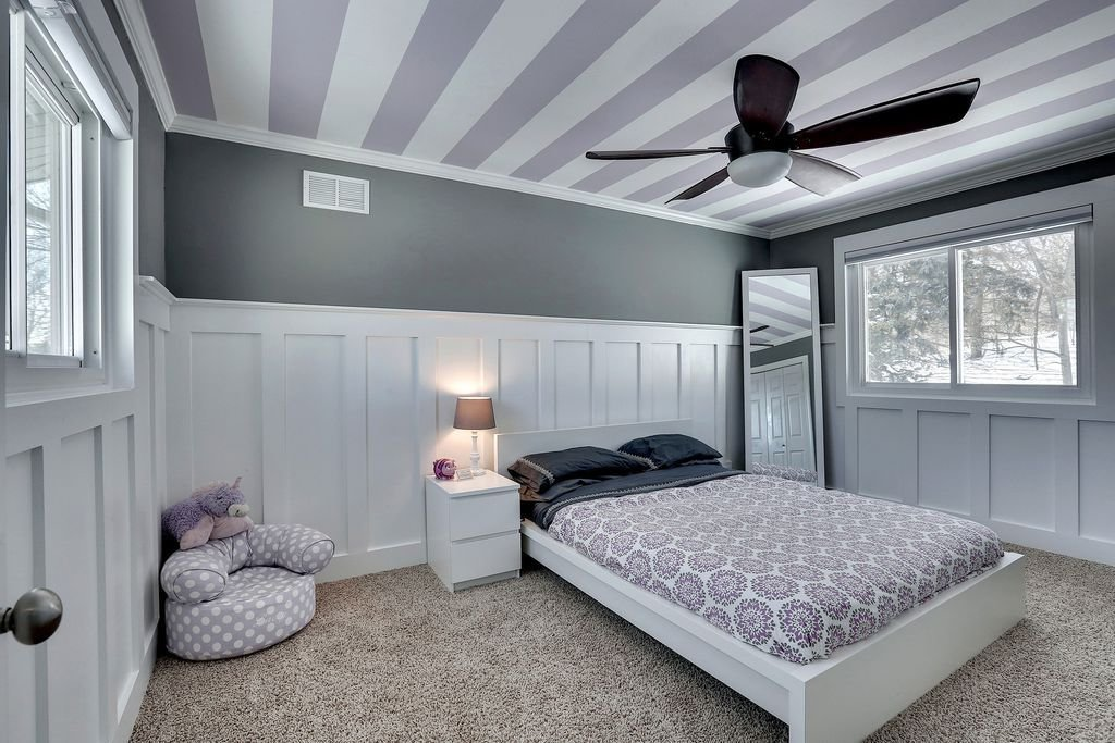 Best Contemporary Kids Bedroom With Crown Molding By Jordan With Pictures