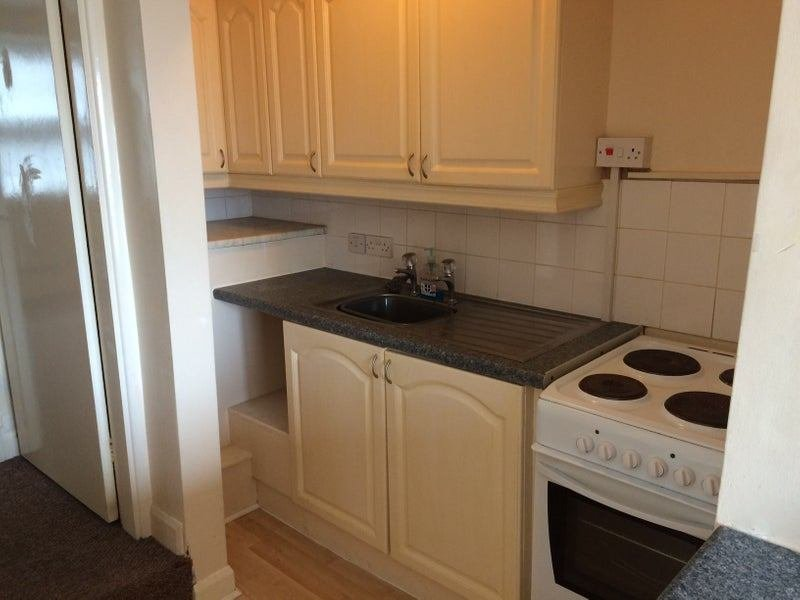 Best Cosy 1 Bedroom Flat Close To Derby Town Centre Room To With Pictures