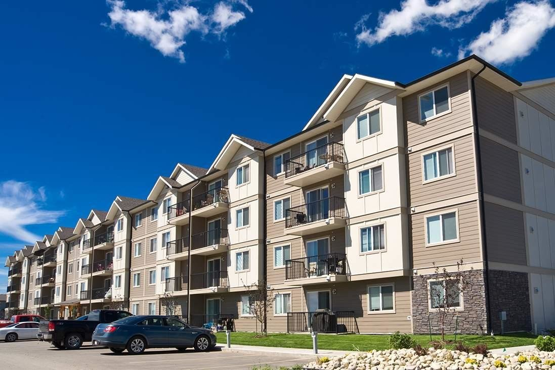 Best Pet Friendly 2 Bedroom 1 Bathroom Apartment With In Suite Laundry For Rent In Winnipeg With Pictures