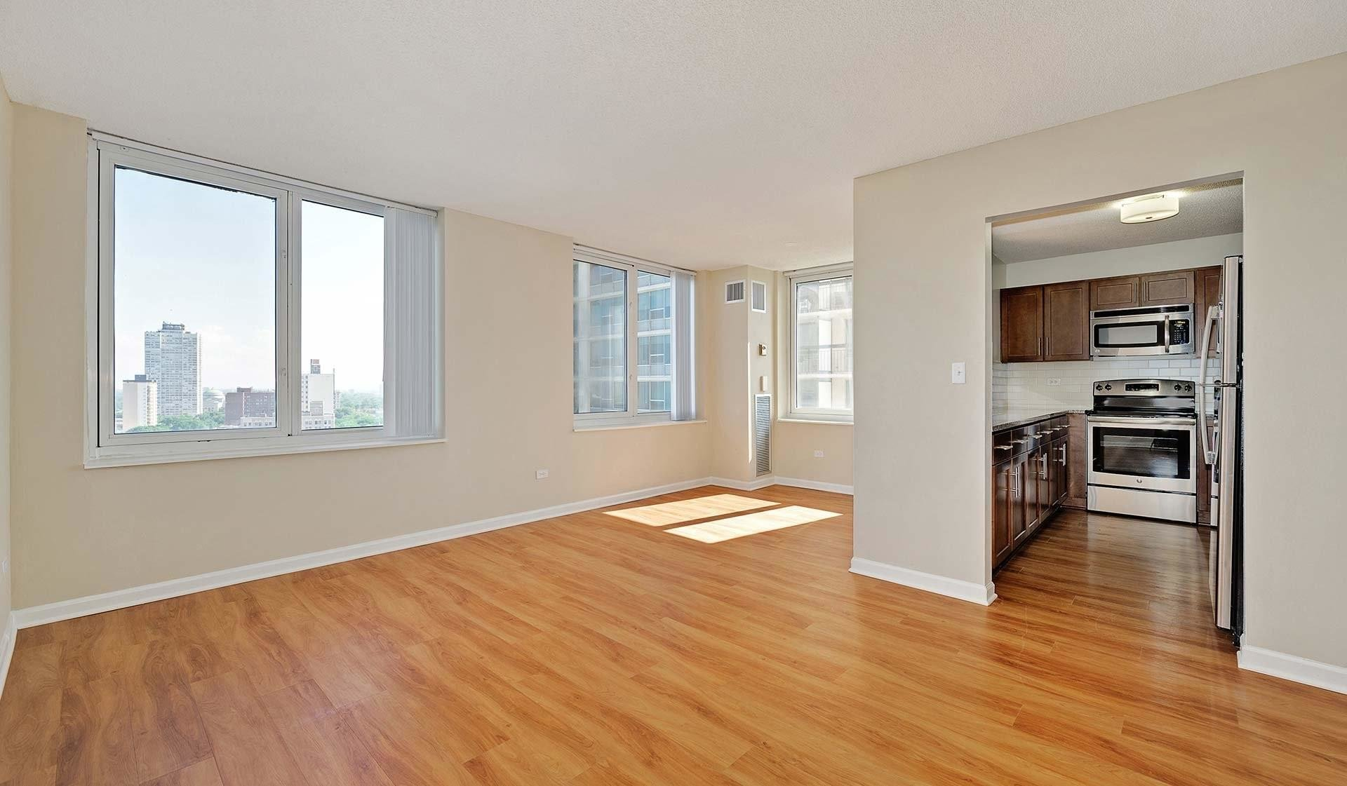 Best Hyde Park Tower Apartments Chicago Il Walk Score With Pictures