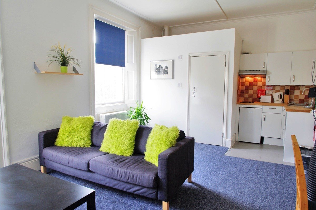Best Byng Place Apartments Three Bedroom Apartments For Three With Pictures