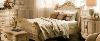 Best Bedroom Furniture That Fits Big Bedrooms Raymour And Flanigan Furniture Design Center With Pictures