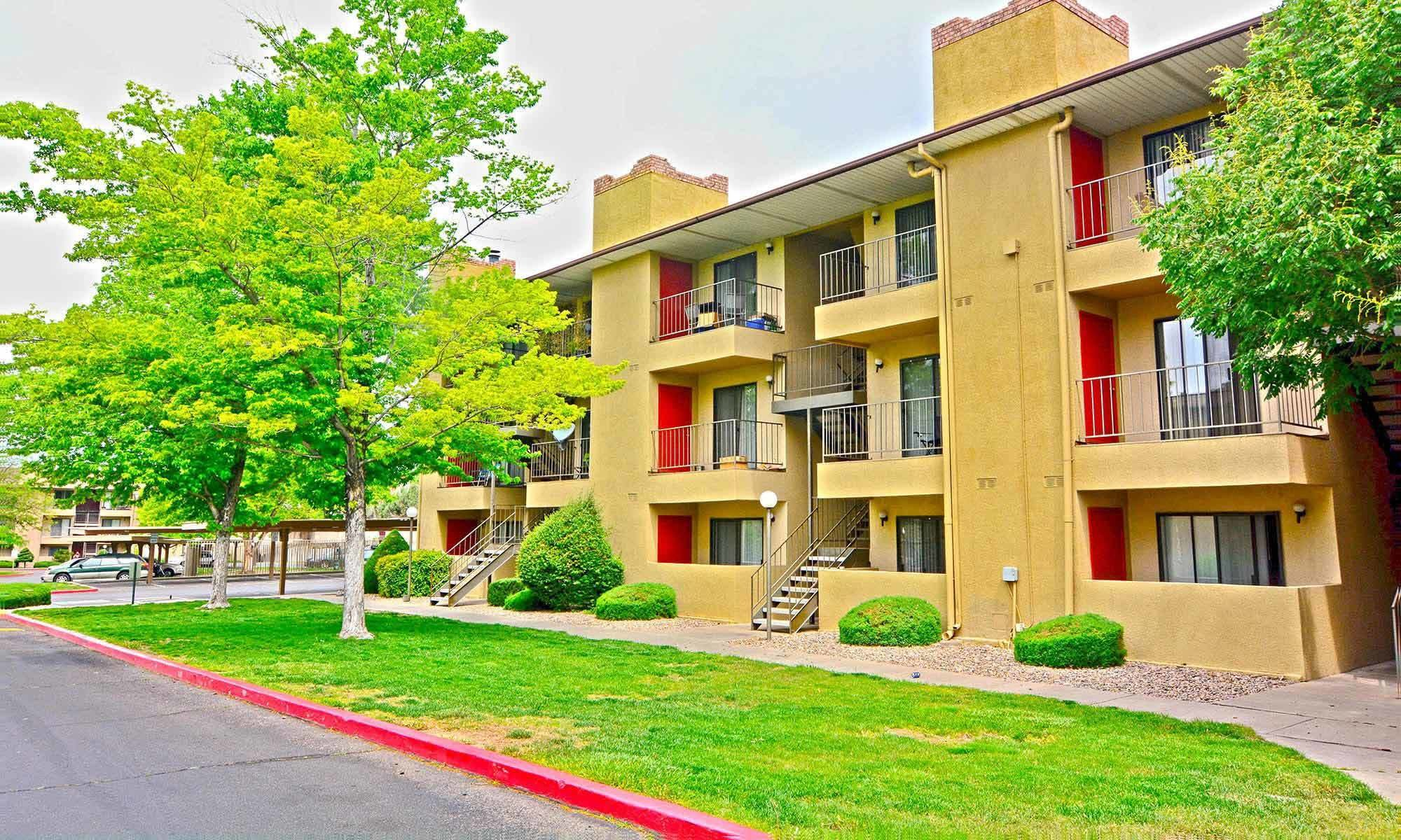 Best Northeast Albuquerque Nm Apartments For Rent Candlelight Square With Pictures